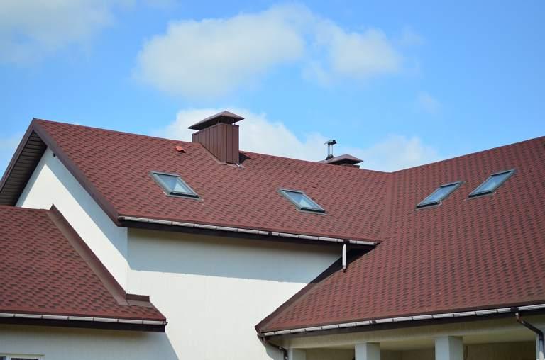 Solidny dach – innowacyjne propozycje producentów